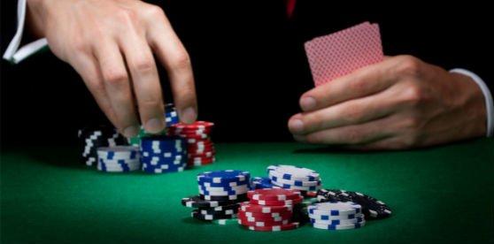 – Como jugar al Poker